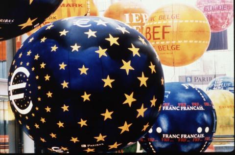 Opciones binarias, las bolsas europeas y el BCE